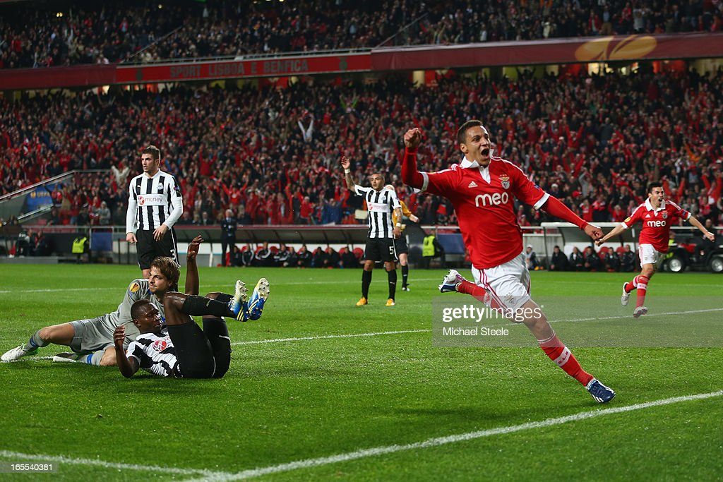 Rodrigo (C) of Benfica celebrates scoring his sides opening goal during the UEFA Europa League Quarter- Final First Leg match between Benfica and Newcastle United at the Estadio da Luz on April 4, 2013 in Lisbon, Portugal.