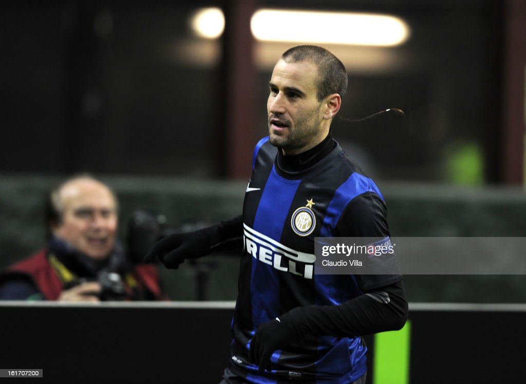 <a gi-track='captionPersonalityLinkClicked' href=/galleries/search?phrase=Rodrigo+Palacio&family=editorial&specificpeople=490993 ng-click='$event.stopPropagation()'>Rodrigo Palacio</a> of FC Inter celebrates scoring the second goal during the UEFA Europa League round of 32 match between FC Internazionale Milano and CFR 1907 Cluj at San Siro Stadium on February 14, 2013 in Milan, Italy.