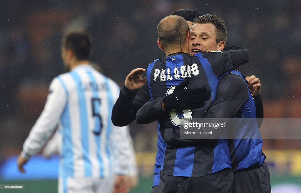 <a gi-track='captionPersonalityLinkClicked' href=/galleries/search?phrase=Rodrigo+Palacio&family=editorial&specificpeople=490993 ng-click='$event.stopPropagation()'>Rodrigo Palacio</a> (L) of FC Internazionale Milano celebrates his goal with team-mate <a gi-track='captionPersonalityLinkClicked' href=/galleries/search?phrase=Antonio+Cassano&family=editorial&specificpeople=214558 ng-click='$event.stopPropagation()'>Antonio Cassano</a> (R) during the Serie A match between FC Internazionale Milano and Pescara at San Siro Stadium on January 12, 2013 in Milan, Italy.