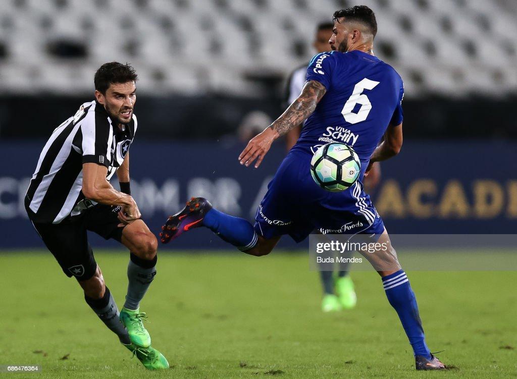 Botafogo v Ponte Preta - Brasileirao Series A 2017