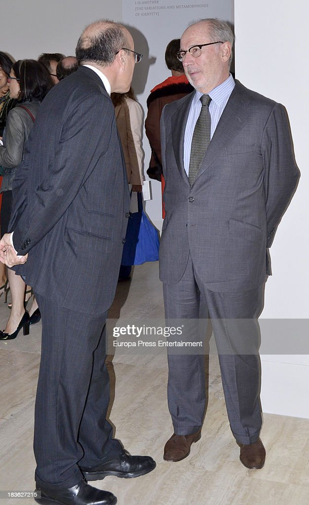 Rodrigo Rato (R) attends the opening of 'El Surrealismo y el Sueno' painting exhibition at Thyssen-Bornemisza museum on October 7, 2013 in Madrid, Spain.