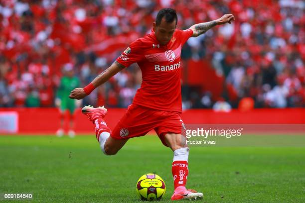 Rodrigo Salinas of Toluca drives the ball during the 14th round match between Toluca and Monterrey as part of the Torneo Clausura 2017 Liga MX at...