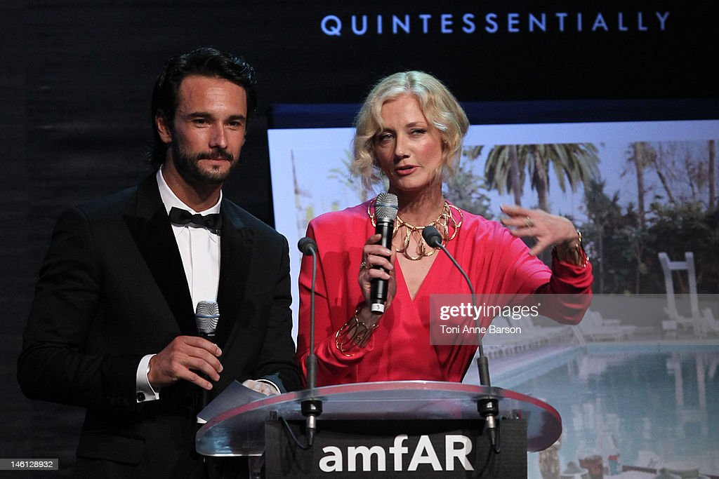 <a gi-track='captionPersonalityLinkClicked' href=/galleries/search?phrase=Rodrigo+Santoro&family=editorial&specificpeople=208948 ng-click='$event.stopPropagation()'>Rodrigo Santoro</a> and <a gi-track='captionPersonalityLinkClicked' href=/galleries/search?phrase=Joely+Richardson&family=editorial&specificpeople=201859 ng-click='$event.stopPropagation()'>Joely Richardson</a> attend amfAR's Cinema Against AIDS auction at Hotel Du Cap on May 24, 2012 in Antibes, France.