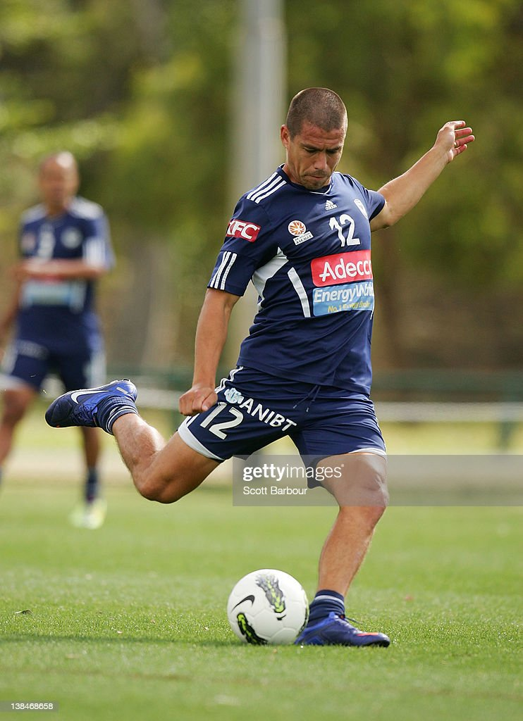 <a gi-track='captionPersonalityLinkClicked' href=/galleries/search?phrase=Rodrigo+Vargas&family=editorial&specificpeople=793290 ng-click='$event.stopPropagation()'>Rodrigo Vargas</a> of the Victory kicks the ball during a Melbourne Victory A-League training session at Gosch's Paddock on February 7, 2012 in Melbourne, Australia.