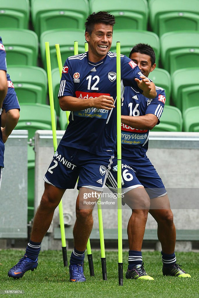 <a gi-track='captionPersonalityLinkClicked' href=/galleries/search?phrase=Rodrigo+Vargas&family=editorial&specificpeople=793290 ng-click='$event.stopPropagation()'>Rodrigo Vargas</a> of the Victory runs during a Melbourne Victory training session at AAMI Park on January 25, 2012 in Melbourne, Australia.