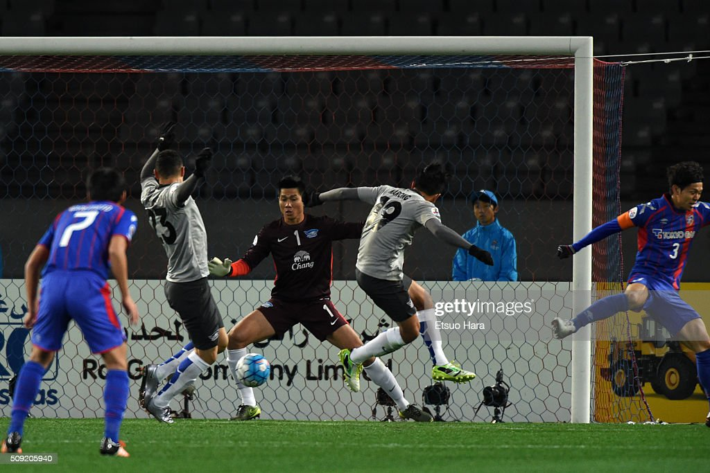 Rodrigo Vergilio of Chonburi FC#23 scores an own goal during the AFC Champions League playoff round match between FC Tokyo and Chonburi FC at the Tokyo Stadium on February 9, 2016 in Chofu, Japan.