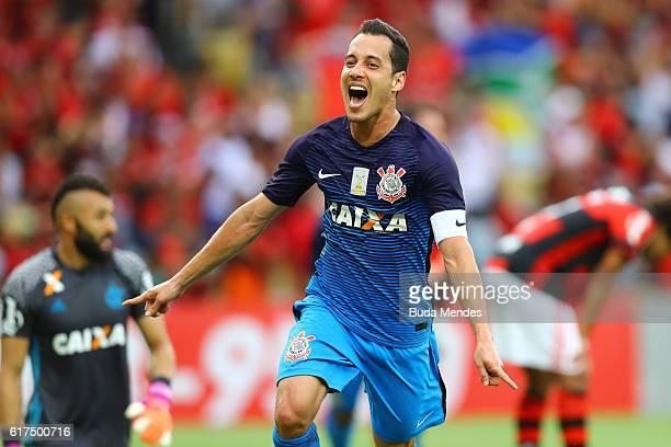 Rodriguinho of Corinthians celebrates a scored goal during a match between Flamengo and Corinthians as part of Brasileirao Series A 2016 at Maracana...