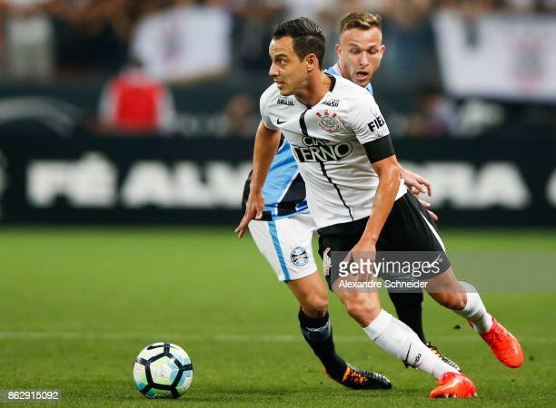 Rodriguinho of Corinthians in action during the match between Corinthians v Gremio for the Brasileirao Series A 2017 at Arena Corinthians Stadium on...