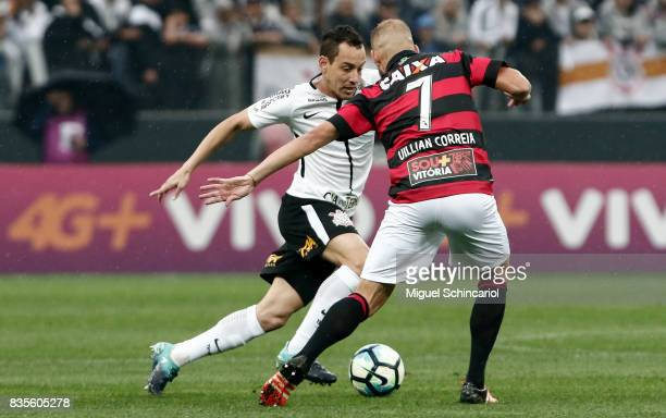 Rodriguinho of Corinthians vies for the ball with Willian Correia during the match between Corinthians and Vitoria for the Brasileirao Series A 2017...
