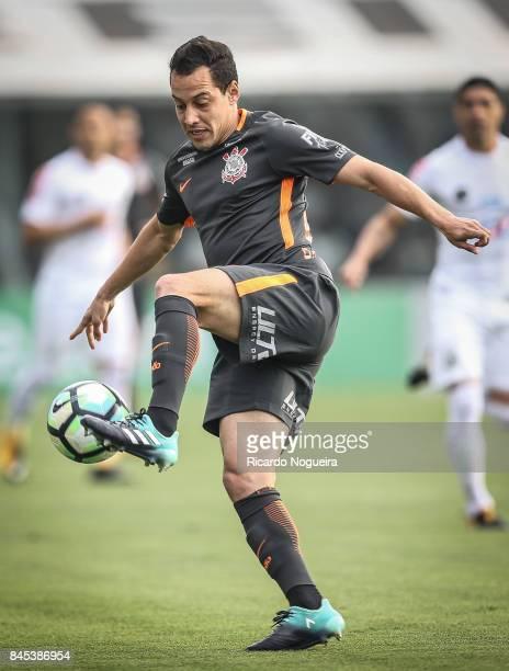 Rodriguinhoo of Corinthians in action during the match between Santos and Corinthians as a part of Campeonato Brasileiro 2017 at Vila Belmiro Stadium...