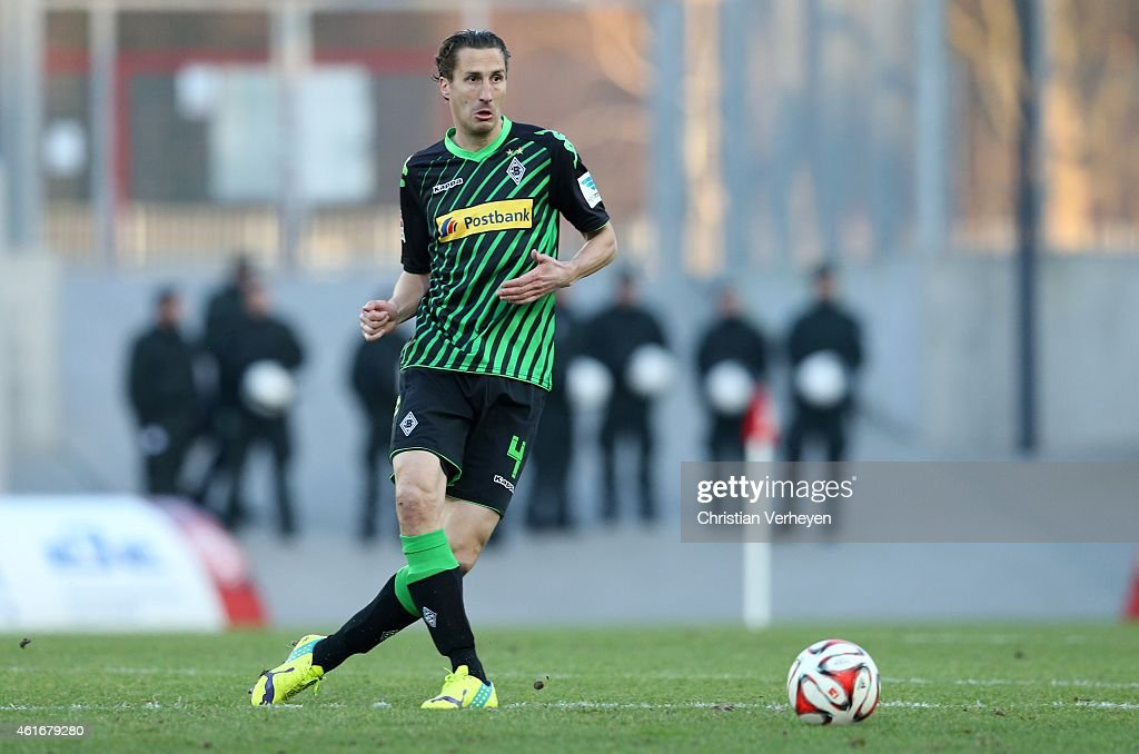 Roel Brouwers of Borussia Moenchengladbach controls the ball during the friendly match between RotWeiss Essen and Borussia Moenchengladbach at...