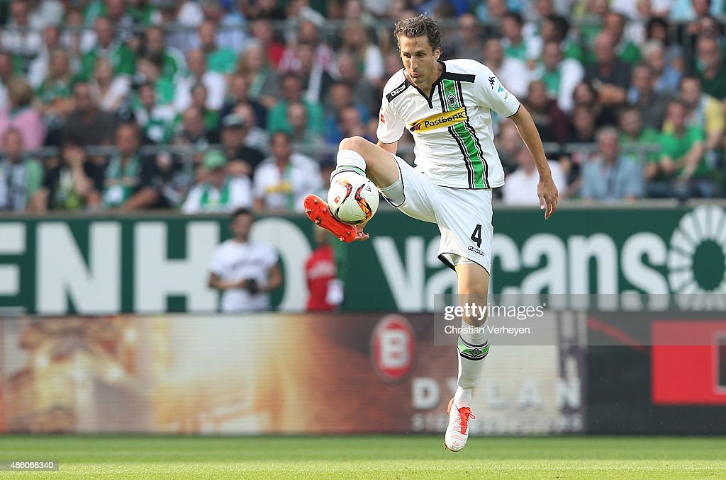 Roel Brouwers of Borussia Moenchengladbach controls the ball during the Bundesliga match between Werder Bremen and Borussia Moenchengladbach at...