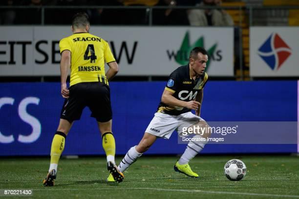 Roel Janssen of VVV Venlo Giovanni Korte of NAC Breda during the Dutch Eredivisie match between VVVvVenlo NAC Breda at the Seacon Stadium De Koel on...