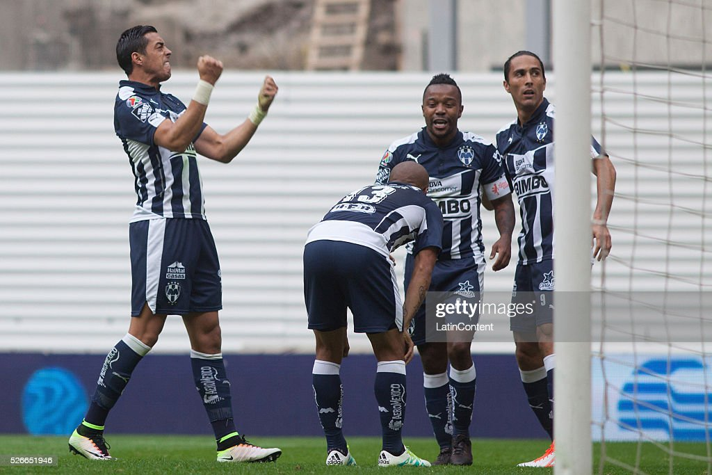 <a gi-track='captionPersonalityLinkClicked' href=/galleries/search?phrase=Rogelio+Funes+Mori&family=editorial&specificpeople=6717732 ng-click='$event.stopPropagation()'>Rogelio Funes Mori</a> of Monterrey (L) celebrates with teammates after scoring the third goal of his team during the 16th round match between America and Monterrey as part of the Clausura 2016 Liga MX at Azteca Stadium on April 30, 2016 in Mexico City, Mexico.