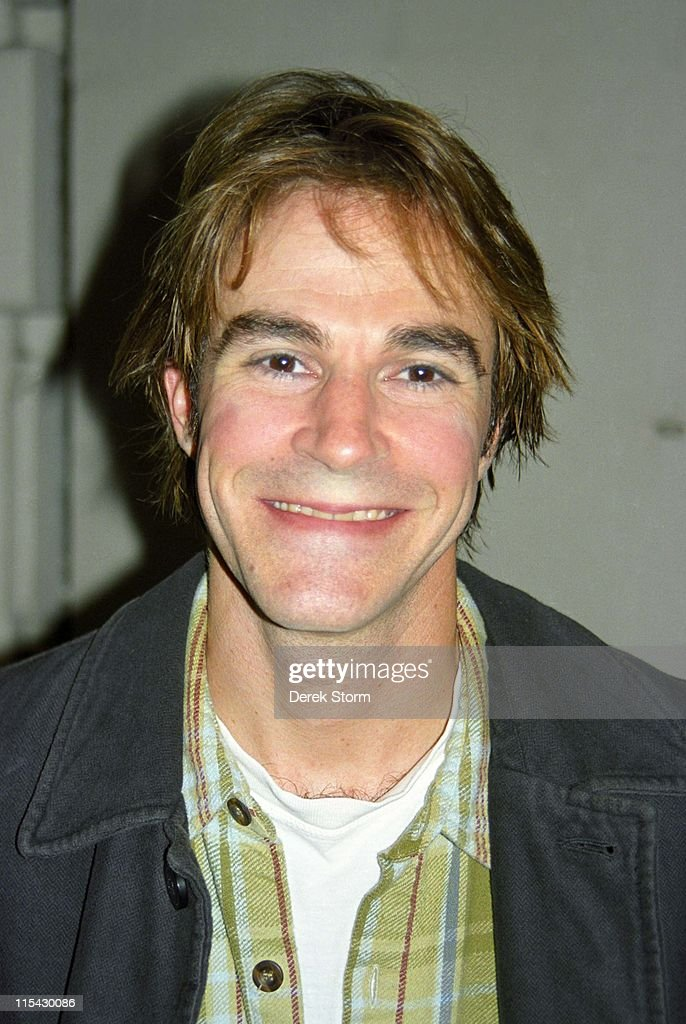 roger bart go the distance mp3