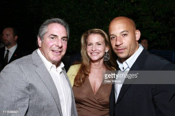 "roger birnbaum dating Los angeles, ca, january 6, 2011- roger birnbaum and gary barber, mgm co-chairman and chief executive officers, toby emmerich, president and chief the two ""hobbit"" films are set to begin production in february 2011, with release dates targeted for december 2012 and december 2013."