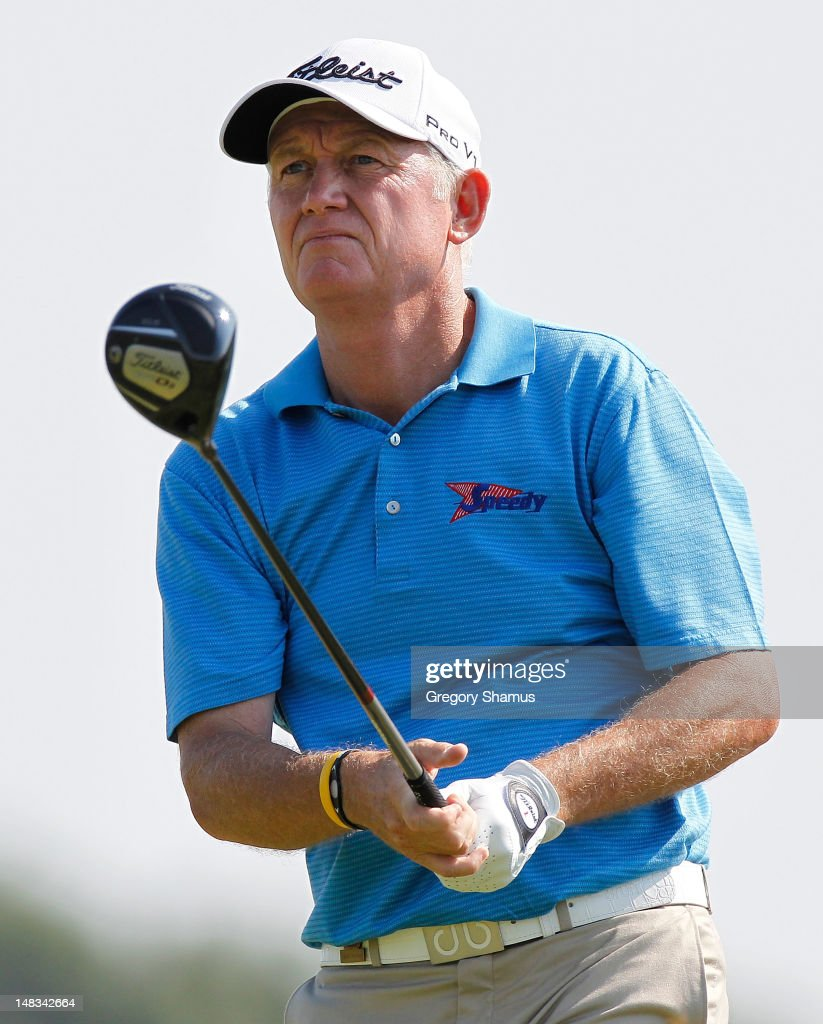 <a gi-track='captionPersonalityLinkClicked' href=/galleries/search?phrase=Roger+Chapman&family=editorial&specificpeople=569611 ng-click='$event.stopPropagation()'>Roger Chapman</a> of England watches his drive on the 18th hole during the third round of the 2012 Senior United States Open at Indianwood Golf and Country Club on July 14, 2012 in Lake Orion, Michigan.
