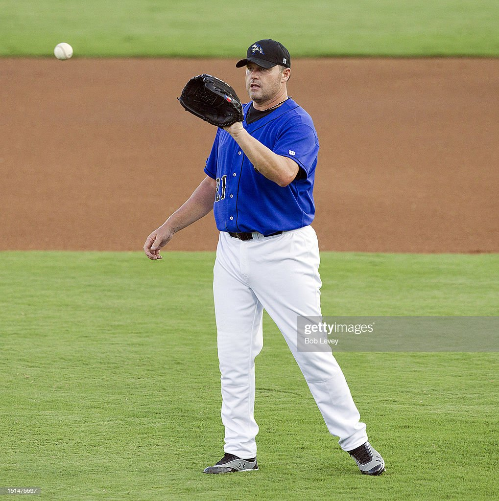 <a gi-track='captionPersonalityLinkClicked' href=/galleries/search?phrase=Roger+Clemens&family=editorial&specificpeople=171089 ng-click='$event.stopPropagation()'>Roger Clemens</a> #21 of the Sugar Land Skeeters receives the ball in the first inning against the Long Island Ducks on September 7, 2012 in Sugar Land, Texas.