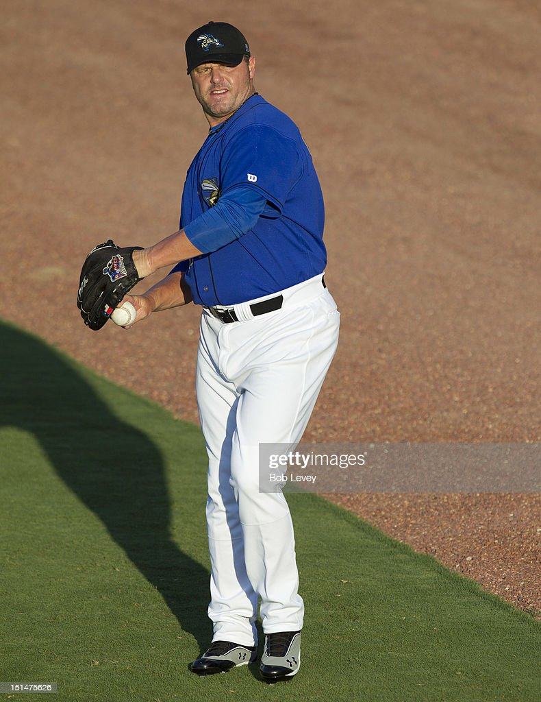 <a gi-track='captionPersonalityLinkClicked' href=/galleries/search?phrase=Roger+Clemens&family=editorial&specificpeople=171089 ng-click='$event.stopPropagation()'>Roger Clemens</a> #21 of the Sugar Land Skeeters warms up before pitching against the Long Island Ducks on September 7, 2012 in Sugar Land, Texas. Clemens' son Koby Clemens will be his battery-mate for the game.