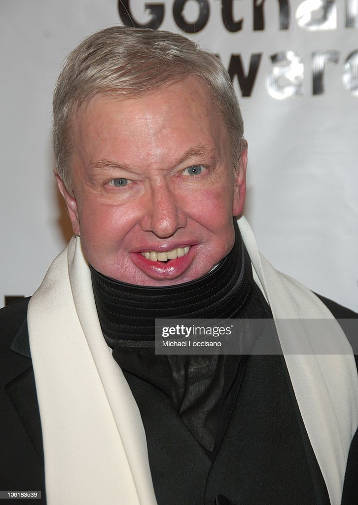 <a gi-track='captionPersonalityLinkClicked' href=/galleries/search?phrase=Roger+Ebert&family=editorial&specificpeople=208177 ng-click='$event.stopPropagation()'>Roger Ebert</a> attends the 17th Annual IFP Gotham Awards at Steiner Studios on November 27, 2007 in Brooklyn, NY.