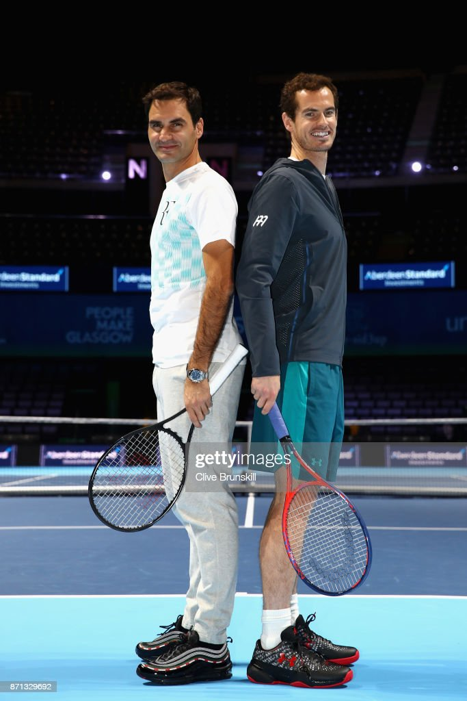 ¿Cuánto mide Andy Murray? - Altura - Real height Roger-federer-and-andy-murray-pose-for-photos-during-andy-murray-live-picture-id871329692