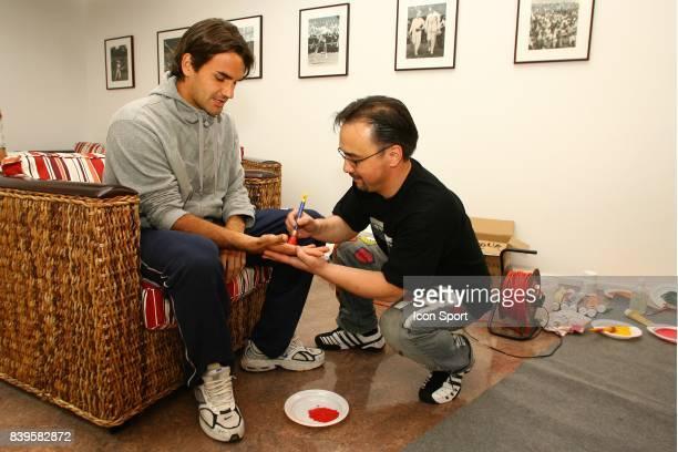 Roger FEDERER et VANLUC Roland Garros 2006 La Vach'art est un concours d'art Contemporain au benefice d'oeuvres caritatives Apres New York Las Vegas...