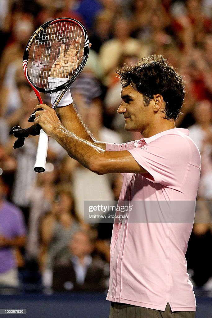 <a gi-track='captionPersonalityLinkClicked' href=/galleries/search?phrase=Roger+Federer&family=editorial&specificpeople=157480 ng-click='$event.stopPropagation()'>Roger Federer</a> of Switzerland acknowledges the crowd after his win over Novak Djokovic of Serbia during the semifinals of the Rogers Cup at the Rexall Centre on August 14, 2010 in Toronto, Canada.