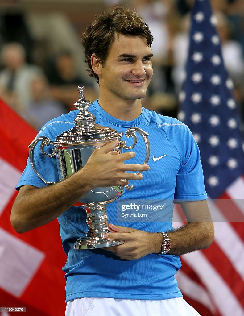 Roger Federer of Switzerland, captures the 2006 US Open title, defeating Andy Roddick of the USA, 6-2, 4-6, 7-7, 6-1 at The USTA Billie Jean King Tennis Center, Flushing Meadow, New York on September 10, 2006.