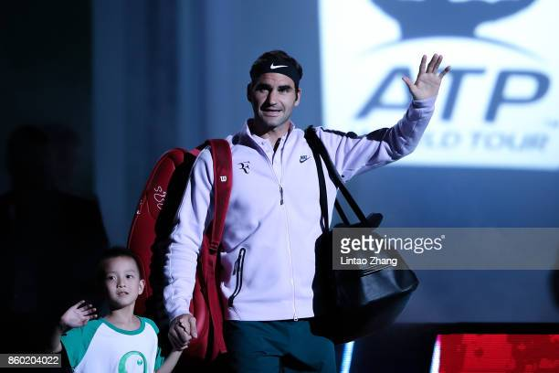 Roger Federer of Switzerland enters the tennis court during the Men's singles mach second round against Diego Schwartzman of Argentina on day four of...