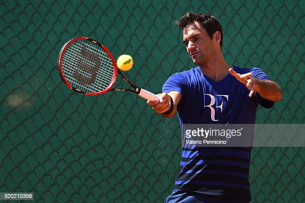Roger Federer of Switzerland in action in a practice session during day One of the ATP Monte Carlo Masters at the MonteCarlo Country Club on April 10...