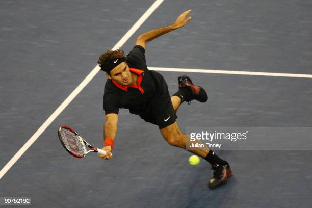Roger Federer of Switzerland returns a shot against Juan Martin Del Potro of Argentina during the Men's Singles final on day fifteen of the 2009 US...
