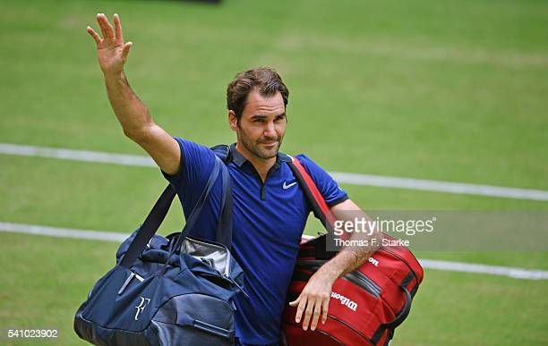 Roger Federer of Switzerland says goodbye to the spectators after losing the half final match against Alexander Zverev of Germany during day six of...
