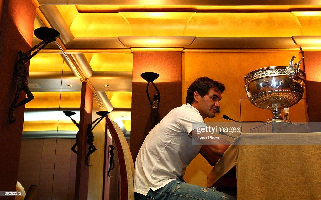 Roger Federer of Switzerland speaks during a French Open press conference at the Park Hyatt on June 8, 2009 in Paris, France.