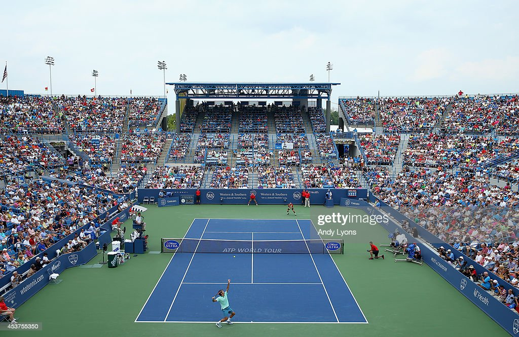 Roger Federer of Switzerland tosses the ball on his serve in the win over David Ferrer of Spain 631662 during the finals of the Western Southern Open...