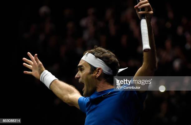 Roger Federer of Team Europe celebrates after defeating Nick Kyrgios of during the the Laver Cup on September 24 2017 in O2 Arena in Prague / AFP...