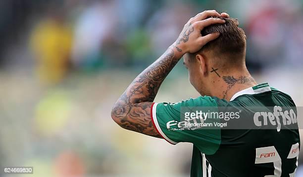Roger Guedes of Palmeiras reacts during the match between Palmeiras and Botafogo for the Brazilian Series A 2016 at Allianz Parque on November 20...