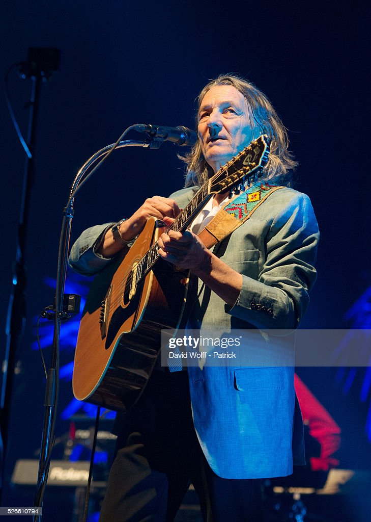 <a gi-track='captionPersonalityLinkClicked' href=/galleries/search?phrase=Roger+Hodgson&family=editorial&specificpeople=2141072 ng-click='$event.stopPropagation()'>Roger Hodgson</a> performs at L'Olympia on April 30, 2016 in Paris, France.