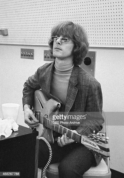 Roger McGuinn of 'The Byrds,' at a recording session in ...