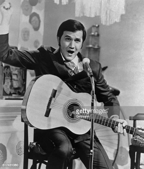 Roger Miller winner of five Grammy Awards brings his very popular songs to Knott's Berry Farm's John Wayne Theater Friday night July 14 1972