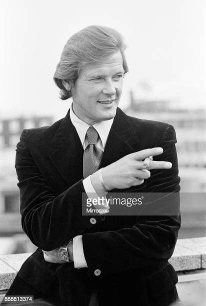 Roger Moore is the new 007 The British actor will make a million pounds for starring in the new Bond saga 'Live and Let Die' which starts shooting in...
