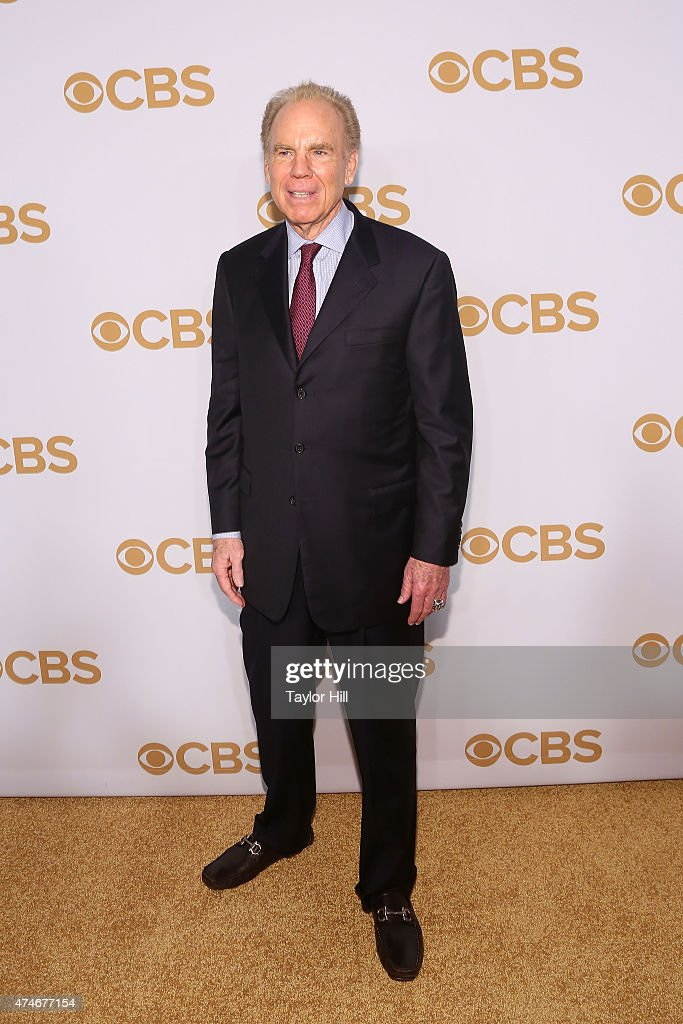 <a gi-track='captionPersonalityLinkClicked' href=/galleries/search?phrase=Roger+Staubach&family=editorial&specificpeople=208812 ng-click='$event.stopPropagation()'>Roger Staubach</a> attends the 2015 CBS Upfront at The Tent at Lincoln Center on May 13, 2015 in New York City.