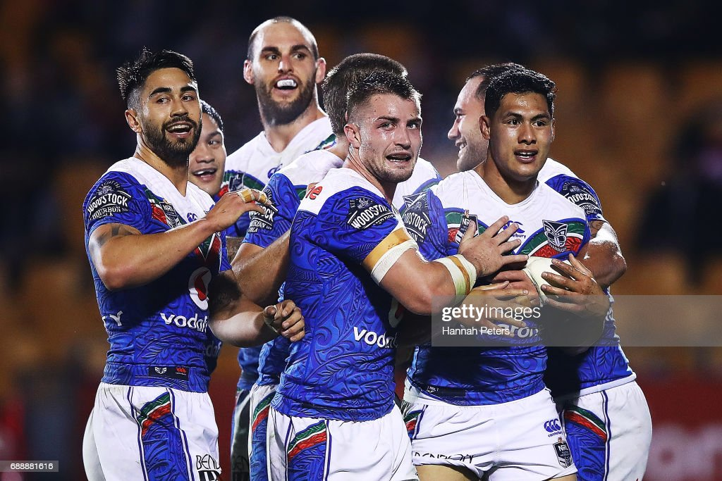 Roger Tuivasa-Sheck of the Warriors celebrates with his team after scoring a try during the round 12 NRL match between the New Zealand Warriors and the Brisbane Broncos at Mt Smart Stadium on May 27, 2017 in Auckland, New Zealand.