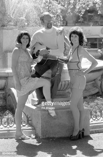 Roger Whittaker who started a 2week stint of caberet at 'The Talk of the Town' He was a singer with two dancers Dale Jackley and Wendy Martin