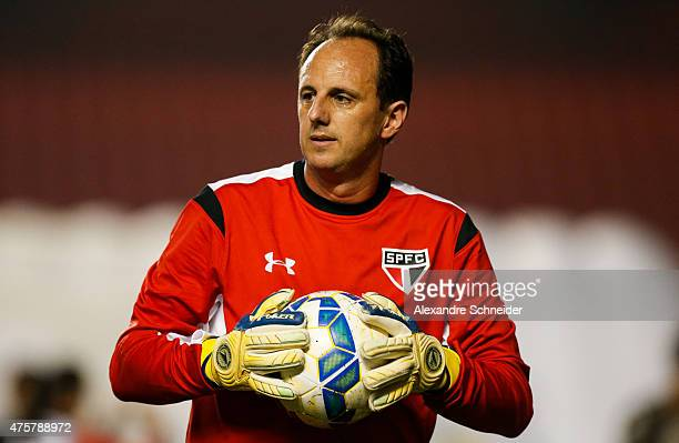 Rogerio Ceni goalkeeper of Sao Paulo in action before the match between Sao Paulo and Santos for the Brazilian Series A 2015 at Morumbi stadium on...