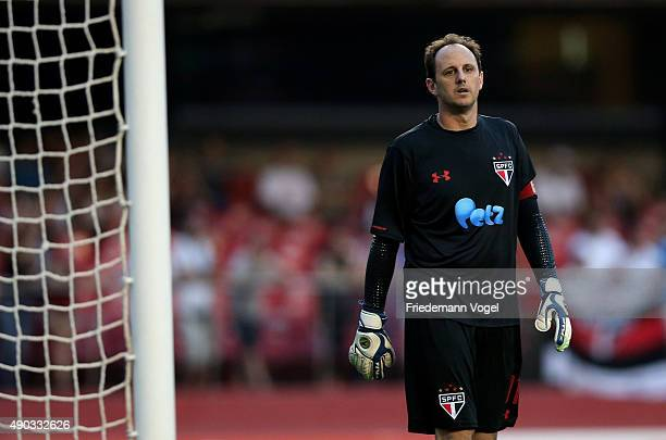 Rogerio Ceni of Sao Paulo looks on during the match between Sao Paulo and Palmeiras for the Brazilian Series A 2015 at Estadio do Morumbi on...