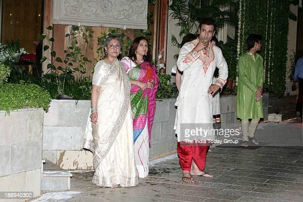 Rohit Roy and Mansi Joshi Roy with Jaya Bachchan during the Bachchans diwali bash in Mumbai