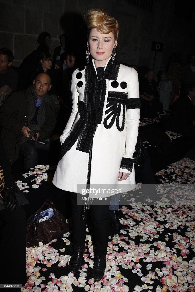 Givenchy: Paris Fashion Week Haute Couture S/S 2009