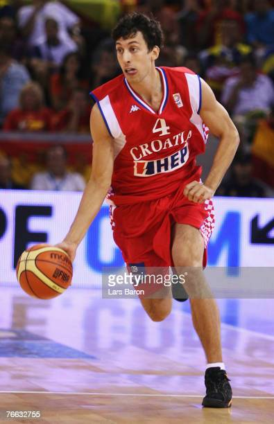 RokoLeni Ukic of Croatia in action during the FIBA EuroBasket 2007 qualifying round Group E match between Greece and Croatia at the Telefonica Arena...