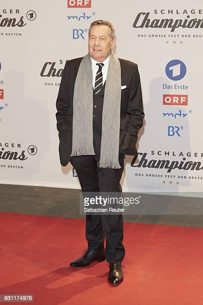 Roland Kaiser attends the 'Das grosse Fest der Besten' tv show at Velodrom on January 7 2017 in Berlin Germany