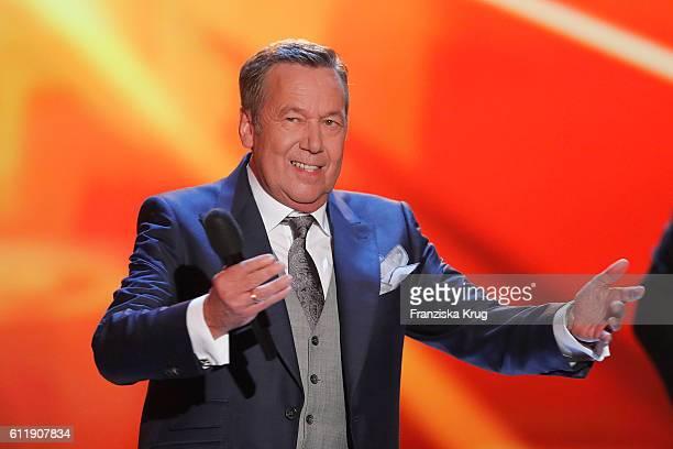 Roland Kaiser during the TV show 'Willkommen bei Carmen Nebel' at Velodrom on October 1 2016 in Berlin Germany